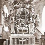 Brojce, kościół-wnętrze (ołtarz ambonowy) ; fotografia lata 30/40. XX wieku.