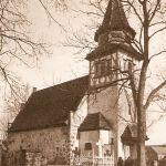 Pruszcz, kościół, widok od północnego-zachodu, lata 30. XX wieku, Albert Ulrich, Chronik des Kreises Greifenberg in Hinterpommern. Ein pommersches Heimatbuch, 1990, s. 327 in.