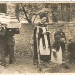 Murek okalający park w Brojcach / pogrzeb